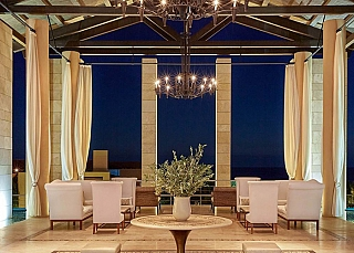 costa_navarino_sit_e_1573479669.jpg